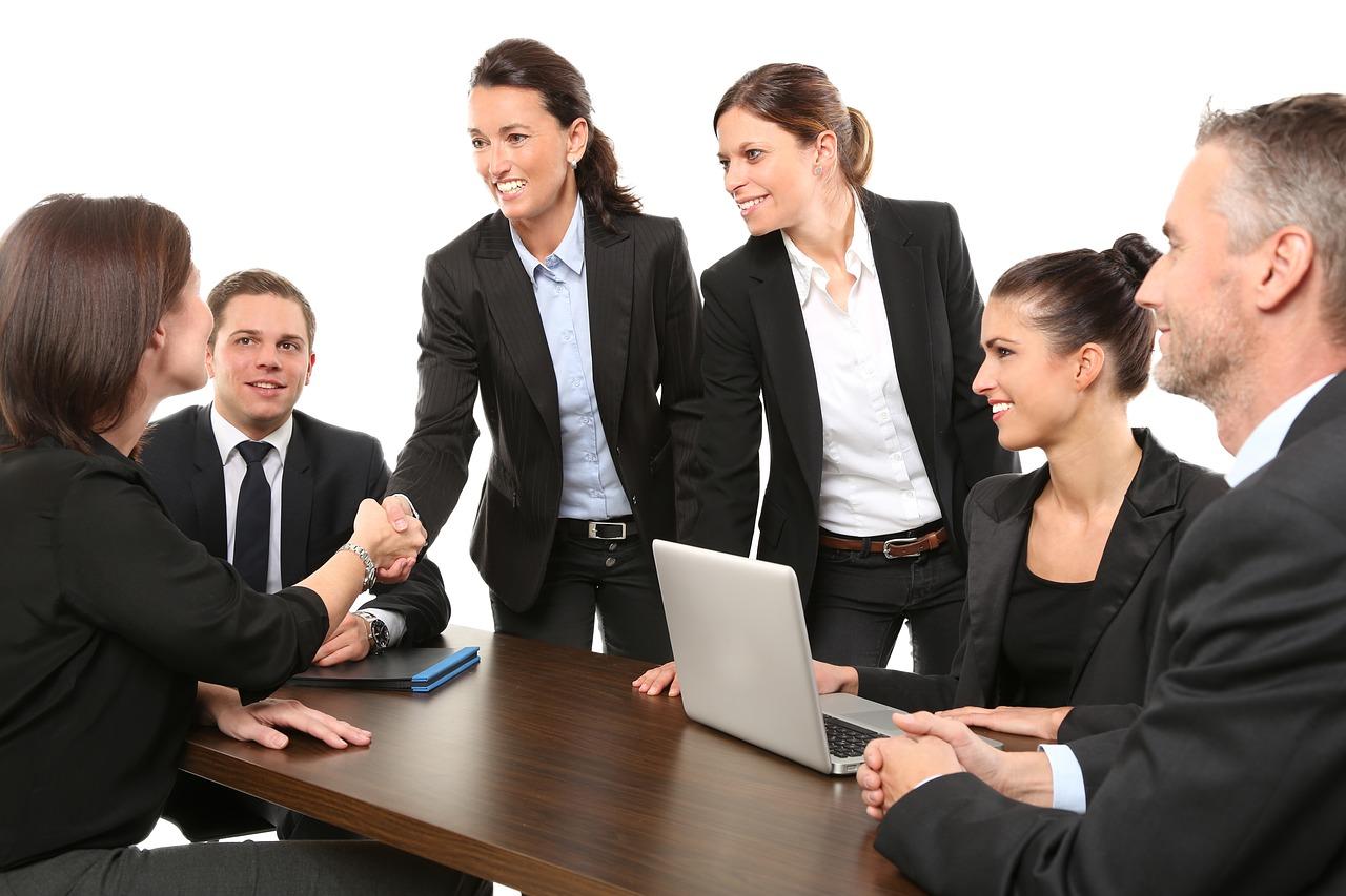 中小企業のM&A|事業承継の場合の注意点について